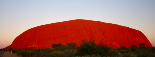 Uluru at sunrise (2a)