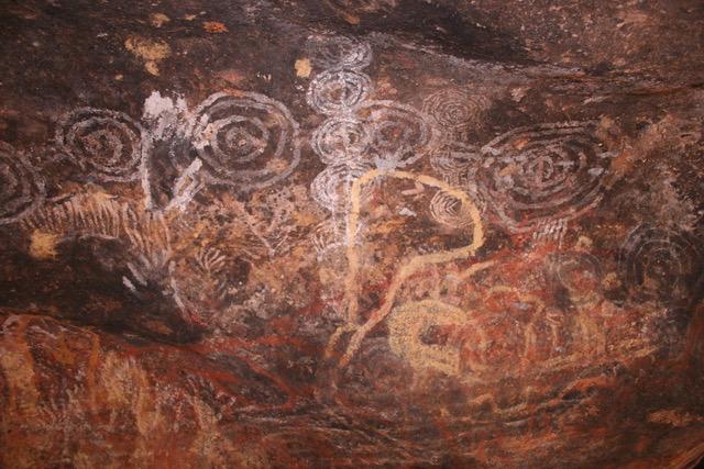 Uluru base walk (72)