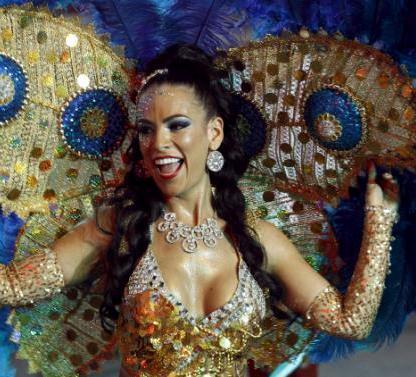 SAlsa Dancer in Cali, Salsa capital of the world. Picture taken December 25, 2015. REUTERS/Jaime Saldarriaga